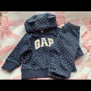 Gap hoodie and pants